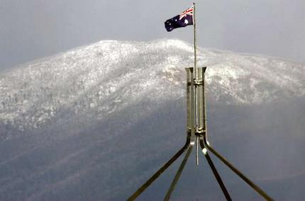 parlthouse_snow