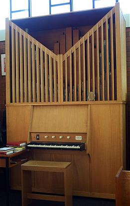 st_philips_organ
